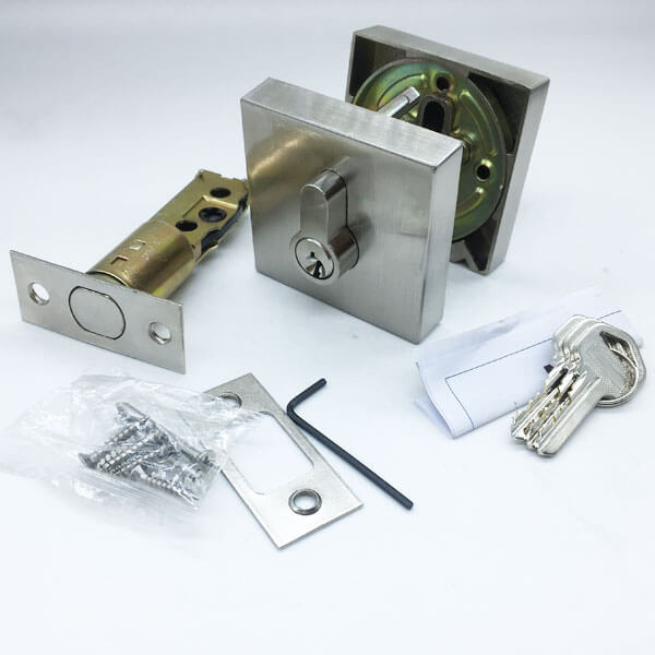 Zinc Alloy Deadbolt Locks For Thick Doors And Security Doors 1 - Gatehouse And Storm Door Keyed Single Cylinder Deadbolt Lock FE101
